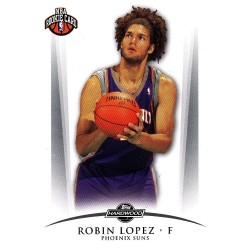 ROBIN LOPEZ 2008-09 TOPPS HARDWOOD RC /2009